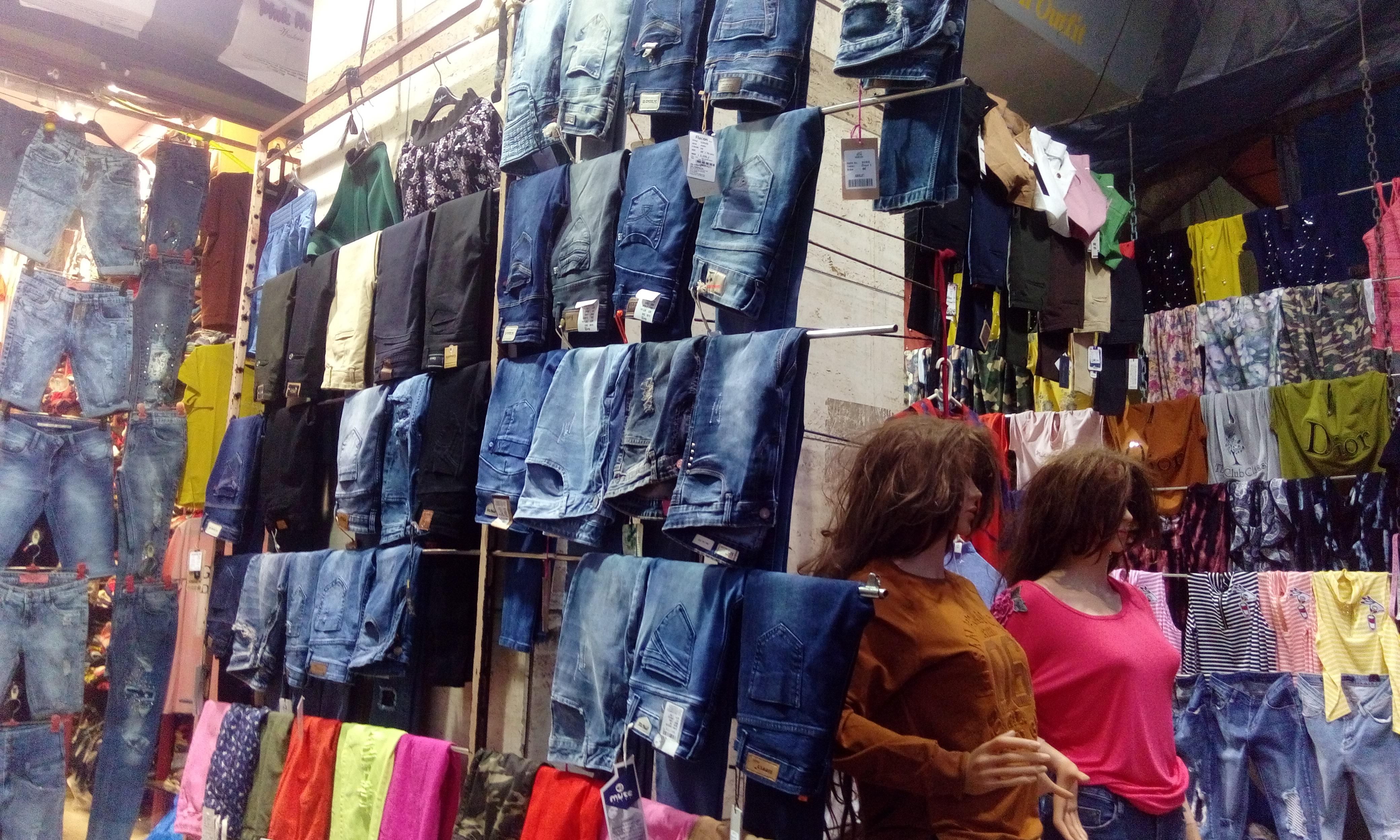 bandra shopping