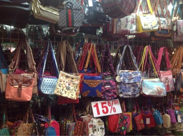 Shopping Just Got Easier At This Place In Mumbai!