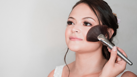 It's Time For Your Glow Up: These Budgeted Highlighters Will Give You A Gorgeous Natural Glow